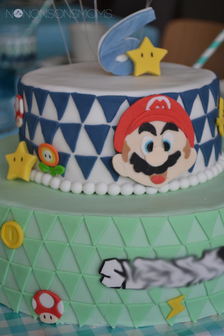 mariokart 8 cake cakedecorating