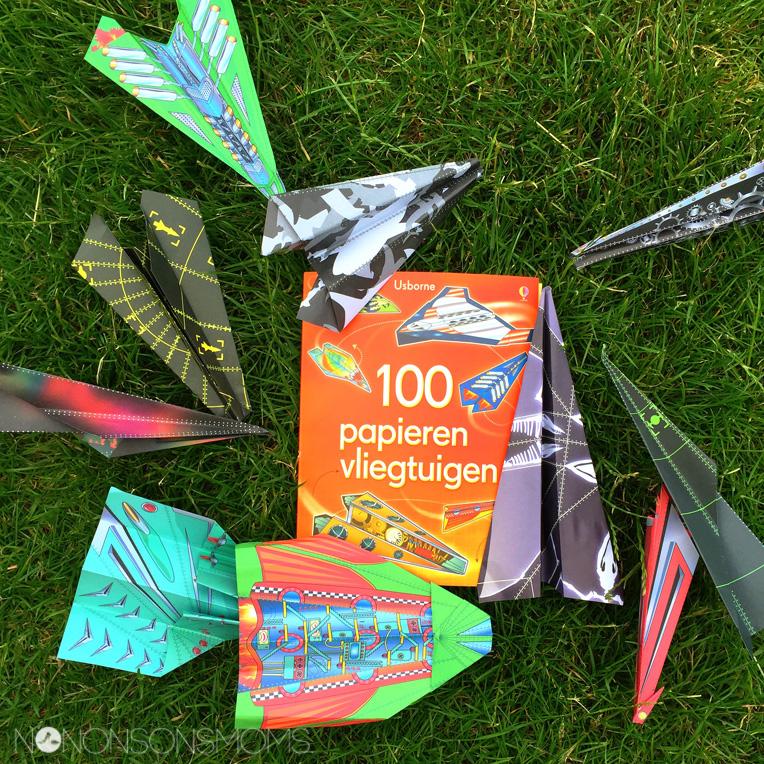 100 papieren vliegtuigen Usborne
