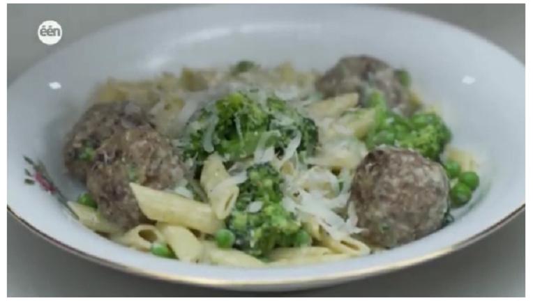 Penne met broccoli en gegrilde gehaktballetjes van Jeroen Meus